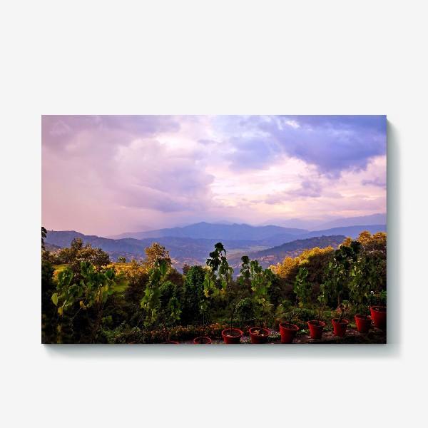 Холст «Фиолетовое утро в горах»