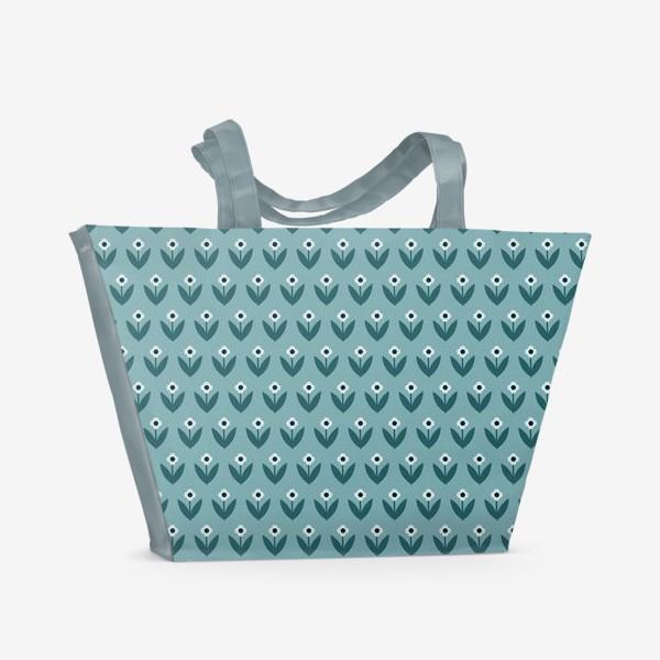 Пляжная сумка «Паттерн с милыми весенними цветами в скандинавском стиле»