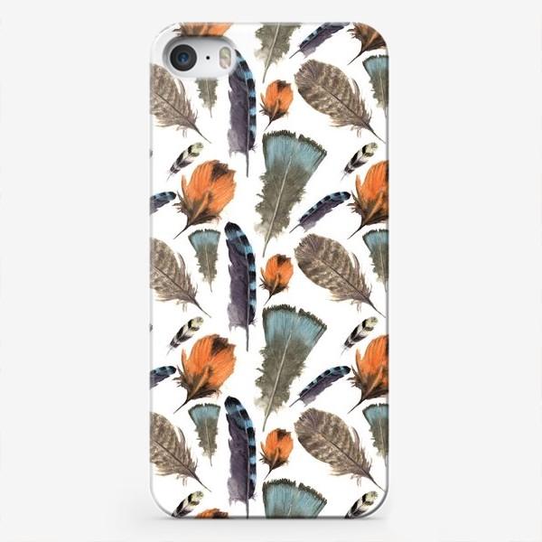 Чехол iPhone «Перья. Реалистичные и жутко нежные»