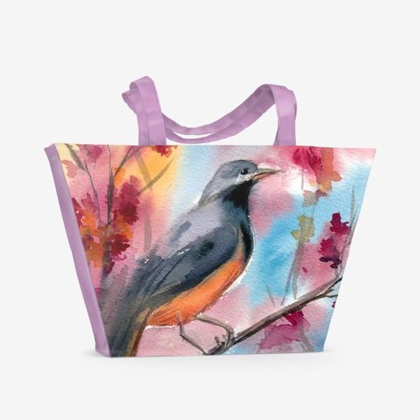 Пляжная сумка «Яркая птица на ветке в цветах»