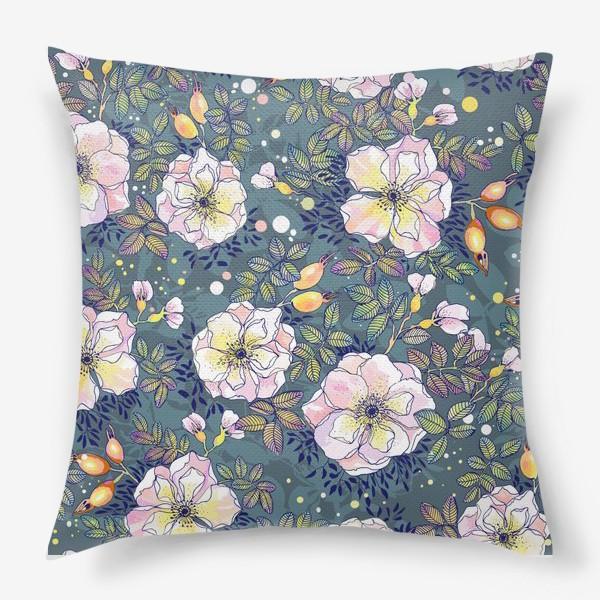 Подушка «Цветущий шиповник. Blooming dog rose»
