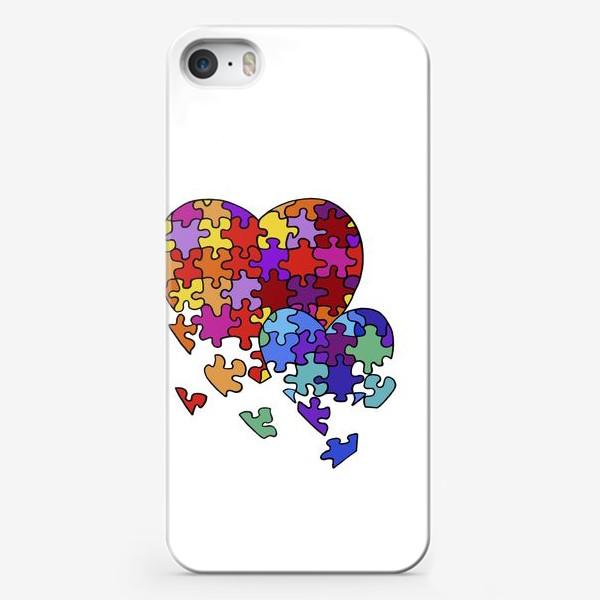 Чехол iPhone «Сердца-пазлы»