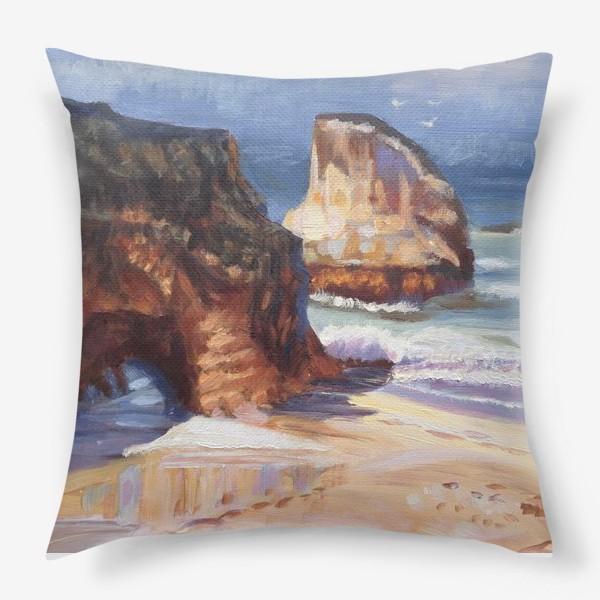 Подушка «Пляж и скалы»