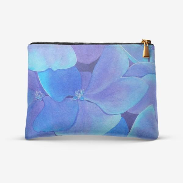 Косметичка «Цветы голубой гортензии, акварельный летний ботанический принт»