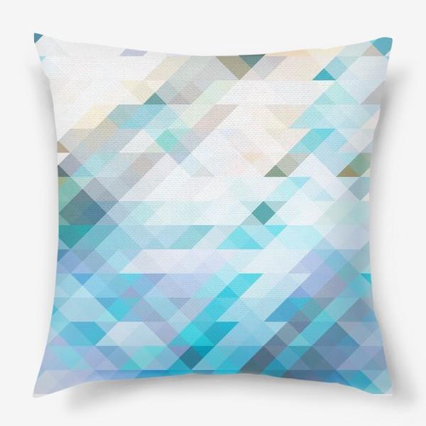Подушка «Голубые треугольники»