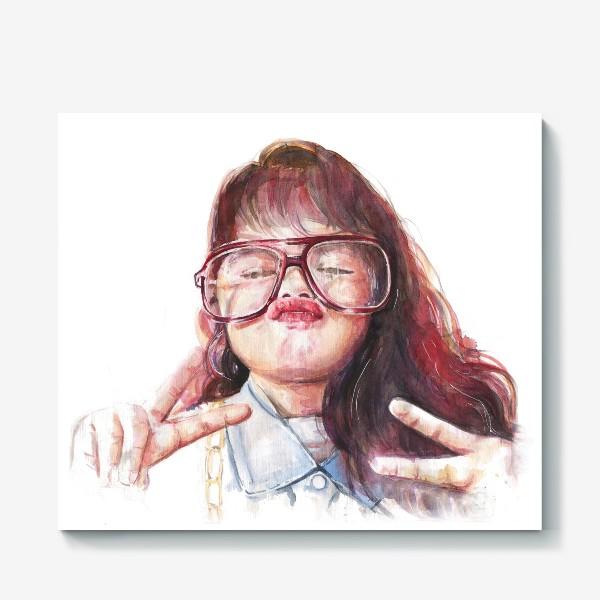 Холст «девочка в очках»