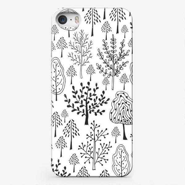 Чехол iPhone «Деревья сказочного леса»