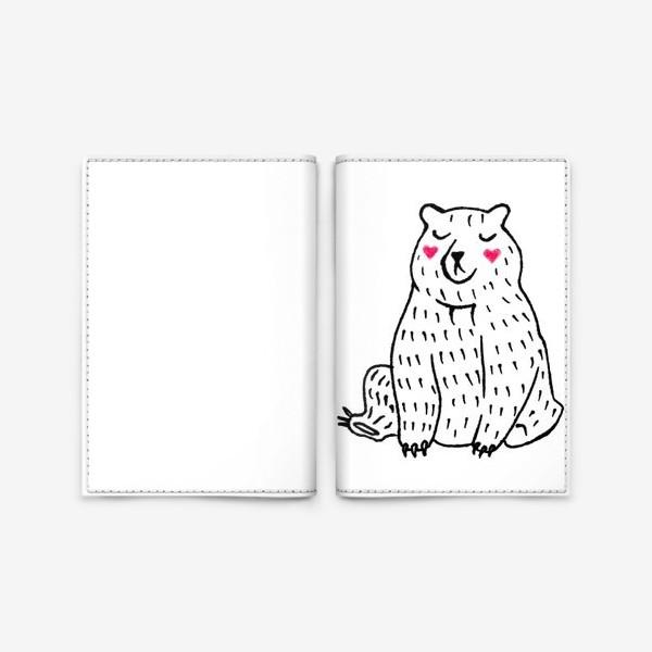 Обложка для паспорта «Скромный мишка»