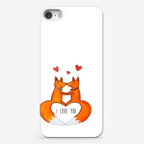 Чехол iPhone «Влюбленные лисы»