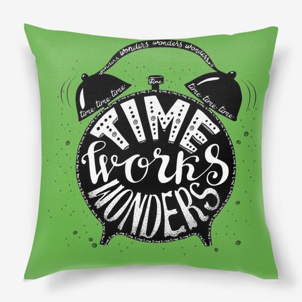 Подушка «Будильничек на зеленом»