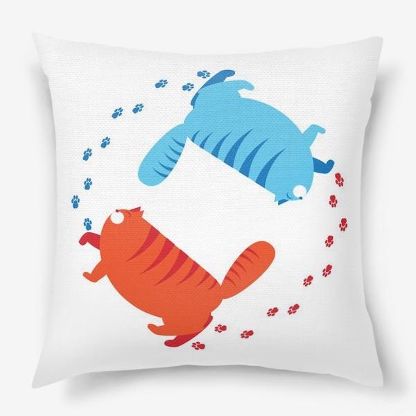 Подушка «толстые коты»