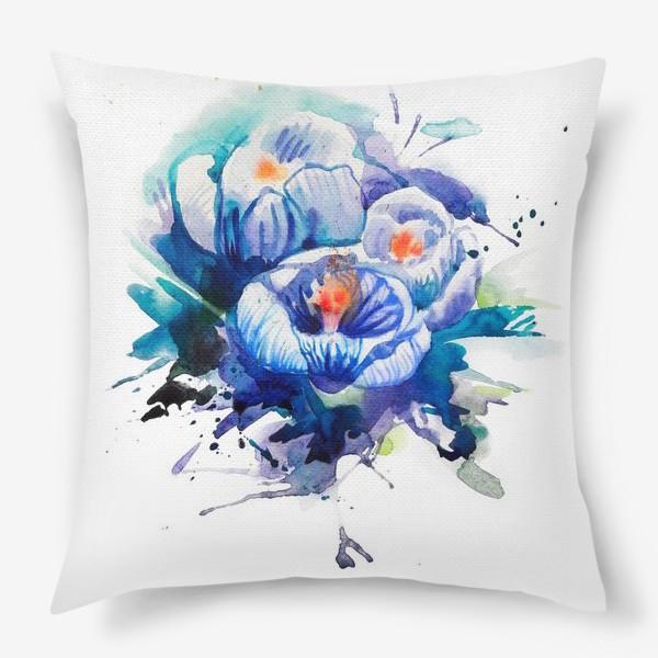 Подушка «Акварельные голубые цветы»