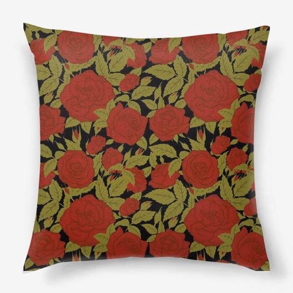 Подушка «красные розы»