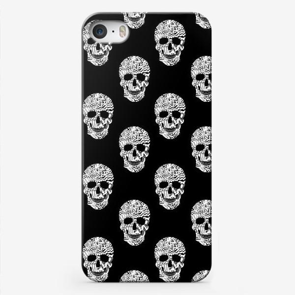 Чехол iPhone «Little White Skulls»