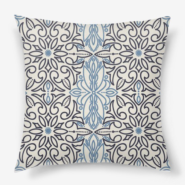 Подушка «Викторианский орнамент»