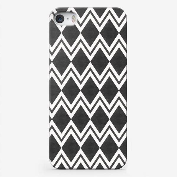 Чехол iPhone «Паттерн геометрический орнамент бохо с ромбами Black Collection»