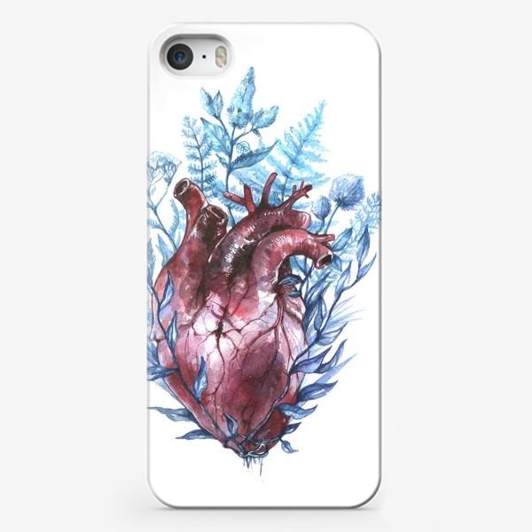 Чехол iPhone «Сердце и травы»