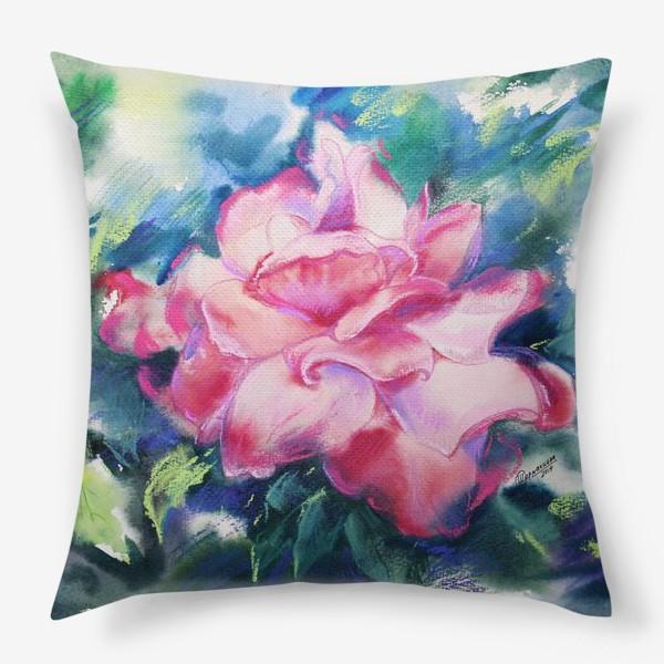 Подушка «Королева Роз»