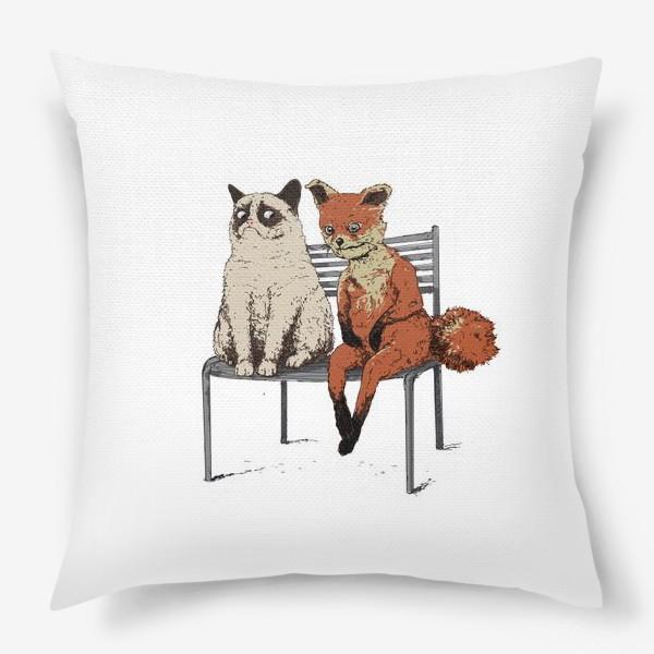 Подушка «Угрюмый кот и упоротый лис»