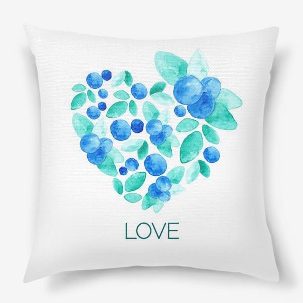 Подушка «Сердце из листьев и ягод голубики»