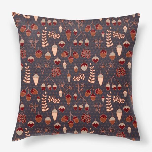 Подушка «Желуди, ягоды, листья. Теплые, коричневые тона»