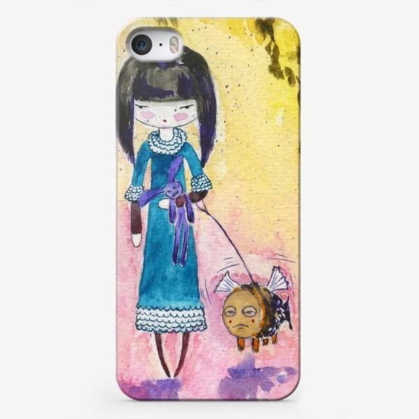 Чехол iPhone «Девочка и рыба 2»