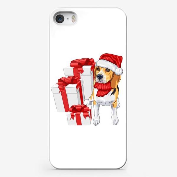 Чехол iPhone «бигль с новогодними подарками»