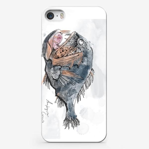 Чехол iPhone «Страшная зубастая глубоководная рыба №1»