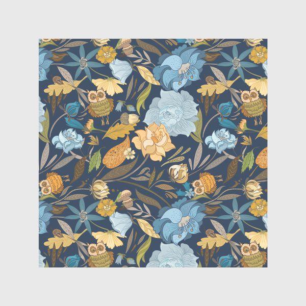 Скатерть «Лесной осенний паттерн с совами и голубыми цветами на синем фоне»