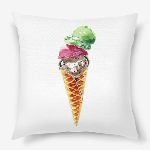 Подушка «Три шарика мороженого в вафельном рожке»