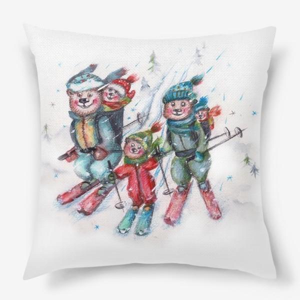 Подушка «Мишки на лыжах»