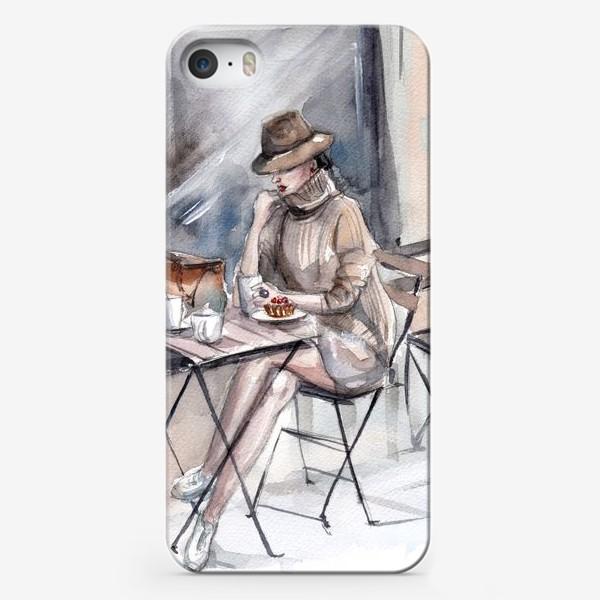 Чехол iPhone «Девушка в уличном кафе»