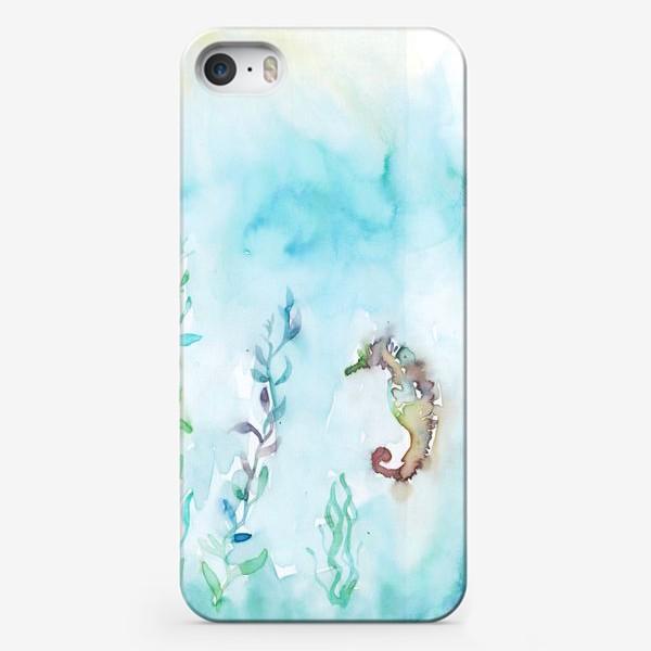 Чехол iPhone «Морской конек на глубине»