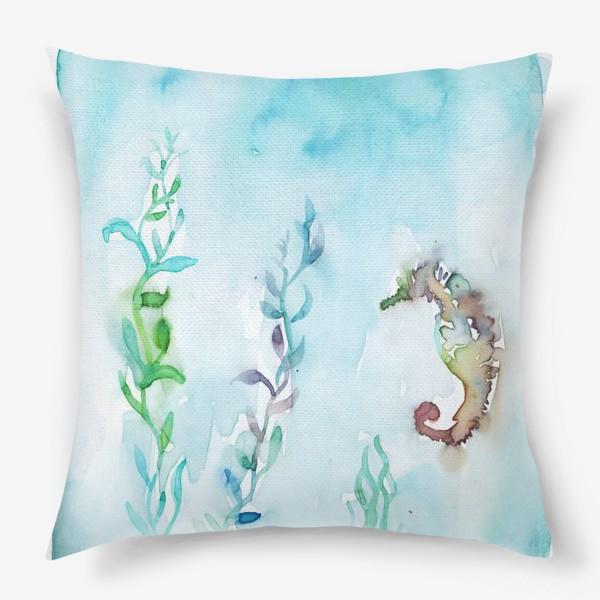 Подушка «Морской конек на глубине»