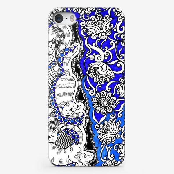 Чехол iPhone «Коты и цветы»