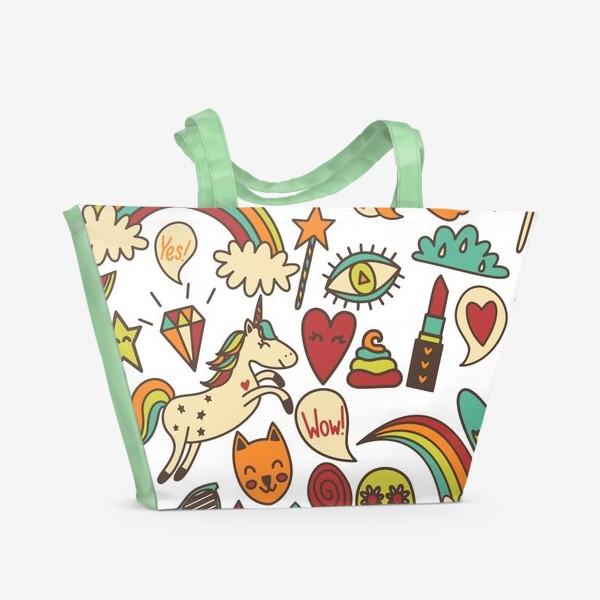 Пляжная сумка «Паттерн с единорогами и другими милыми стикерами»
