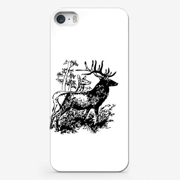 Чехол iPhone «Паттерн с оленями в лесу»