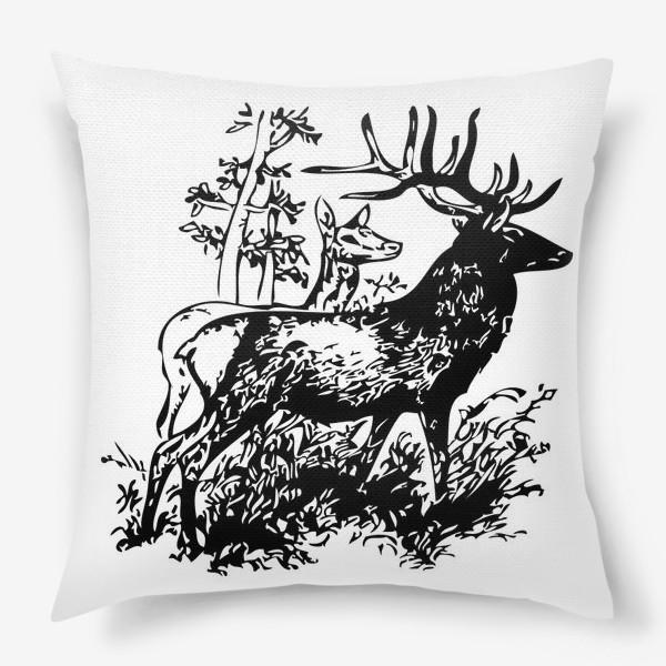 Подушка «Паттерн с оленями в лесу»
