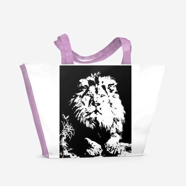 Пляжная сумка «Принт лев в стиле графики»