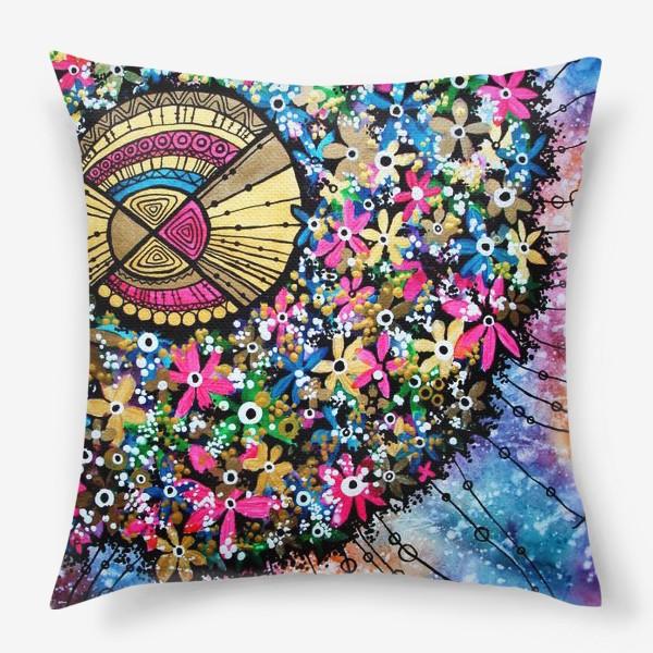 Подушка «Солнце и цветы»