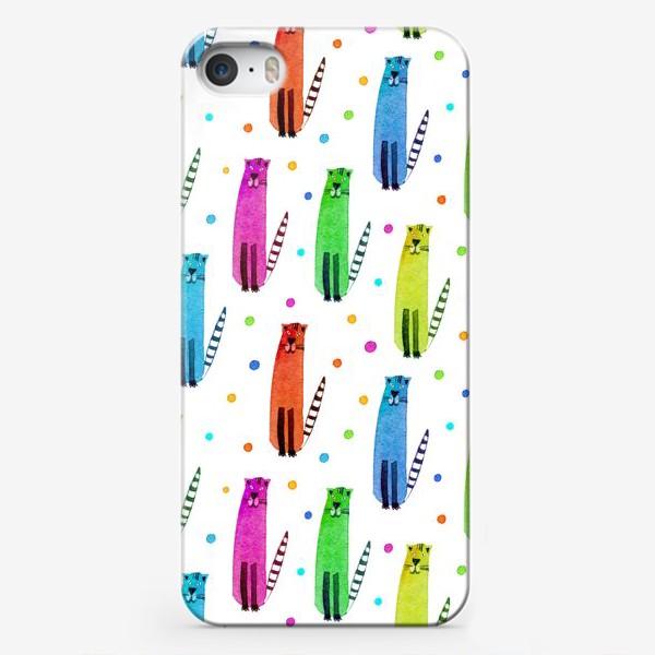 Чехол iPhone «Котики. Акварельный паттерн»