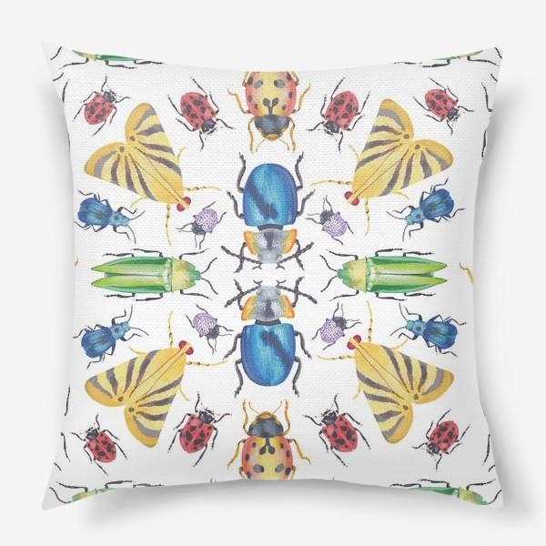Подушка «Геометрия жуков»