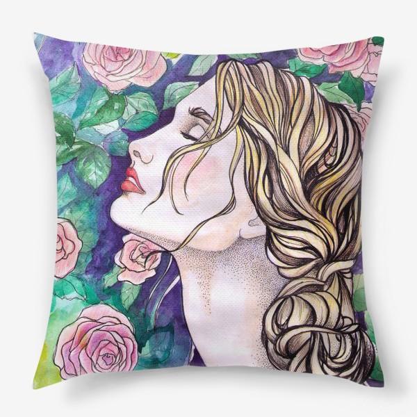 Подушка «Дева с розами»