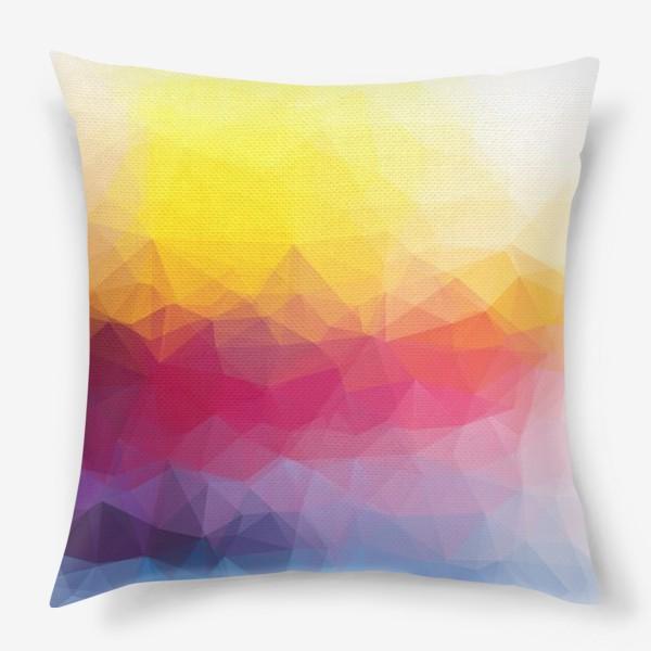 Подушка «Полигональный яркий градиент»