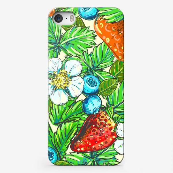 Чехол iPhone «голубика, клубника, малина. паттерн»