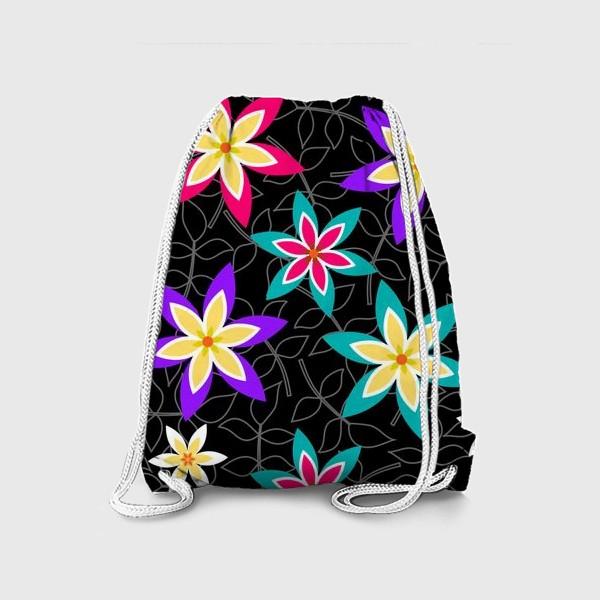 Рюкзак «Яркие цветы на черном фоне.»