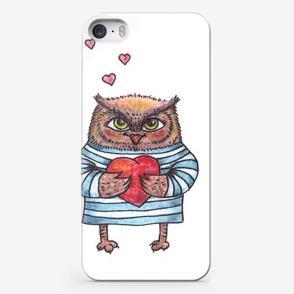 Чехол iPhone «Совёнок в тельняшке с сердцем в руках»