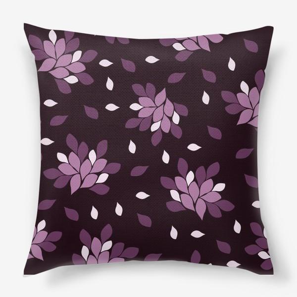 Подушка «Фиолетовый паттерн»