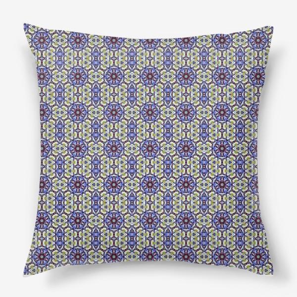 Подушка «Абстрактный паттерн»