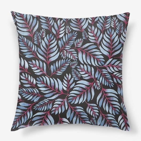Подушка «Голубые листья с красной серединкой на черном фоне»